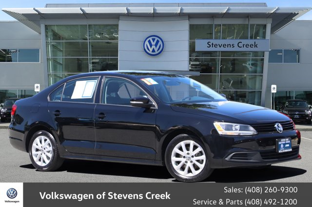Pre-Owned 2012 Volkswagen Jetta Sedan 2.5L SE