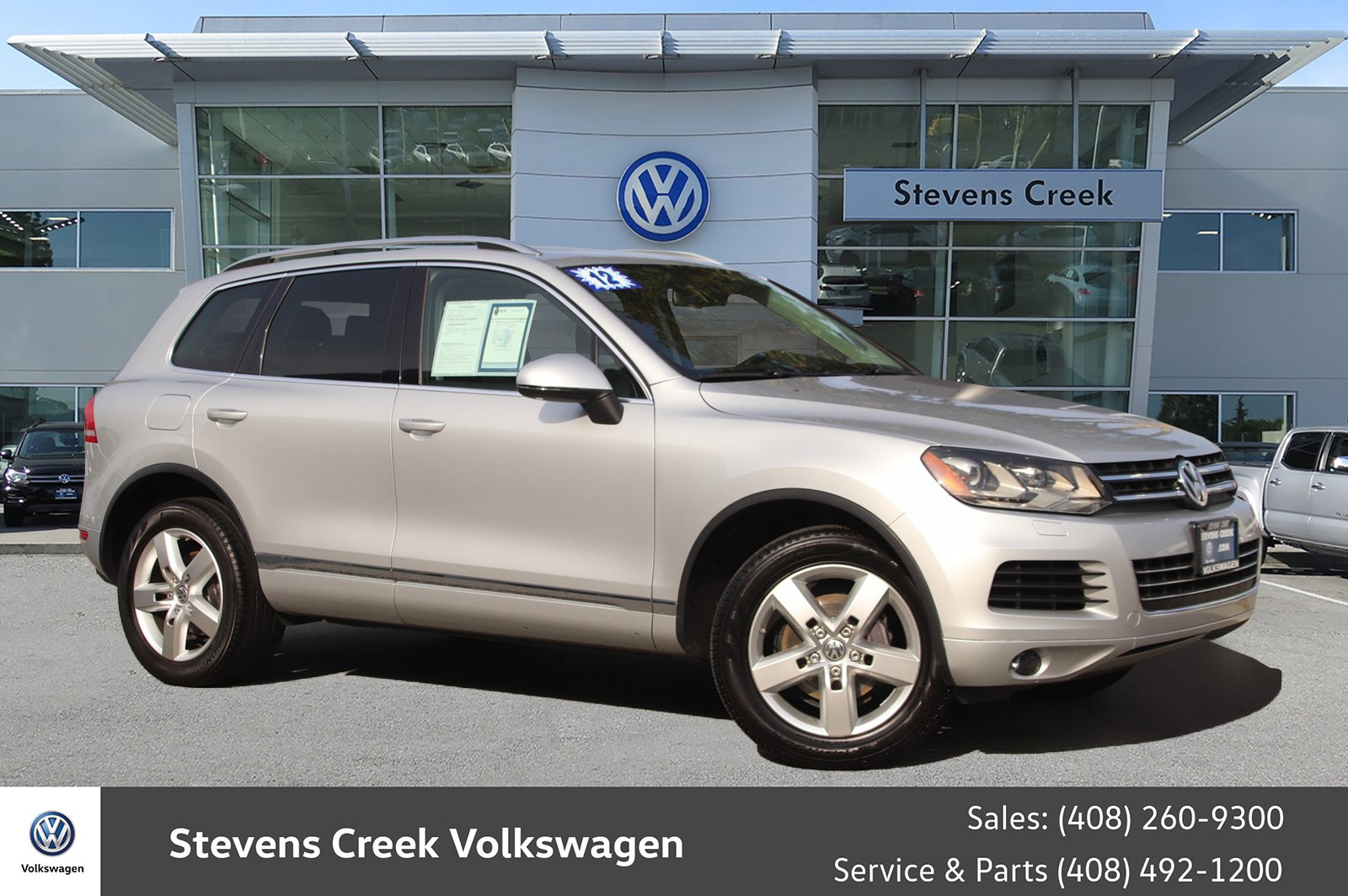Pre-Owned 2012 Volkswagen Touareg VR6 Lux