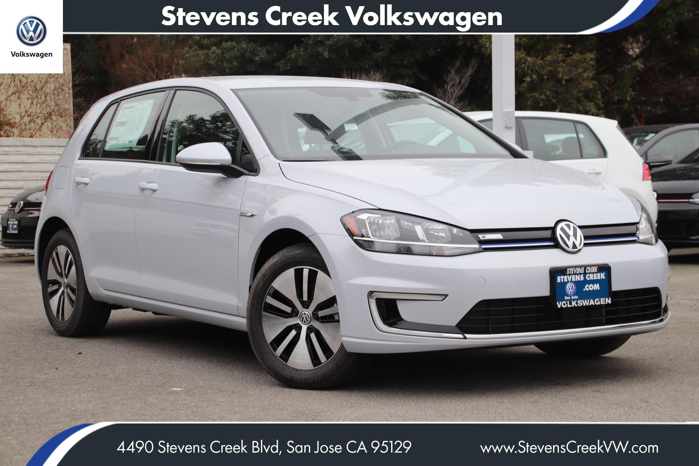 New 2019 Volkswagen e-Golf SE FWD Hatchback VIN KW902668 MSRP $33,575